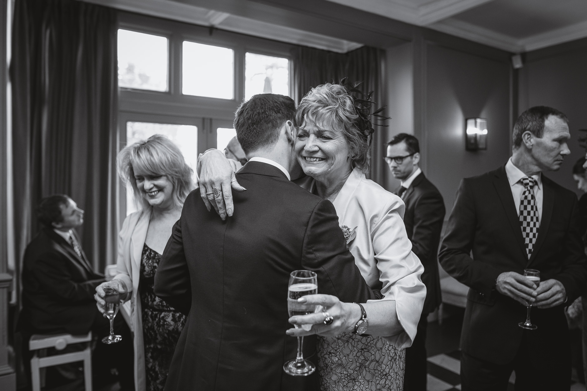 olde bell wedding photography - berkshire wedding photographer