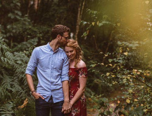 Woodland engagement photography | Helen+Ben